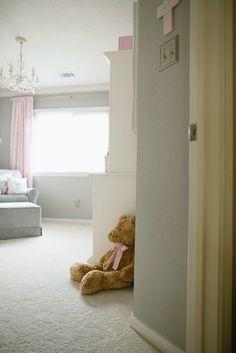 Soft and Elegant Gray and Pink Nursery Gray Paint: Sherwin Williams Nursery Modern, Modern Nurseries, Nurseries Baby, Knitting Needle Storage, Grey Hallway, Sherwin Williams Gray, Repose Gray, Project Nursery, Nursery Ideas