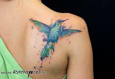 #Kolibri #hummingbird #tattoo #snowcap #tattoos #bird #tatts #watercolor #ink #colourful #inked #completely #inkedup #shouldertattoo #custom #design #bodyart #color #splash #tattooart #tattooartist #rattattoo #rattattoofreiburg  #tattoofreiburg #tattoostudiofreiburg
