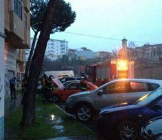 Incendio de un vehículo en la calle Villalpando