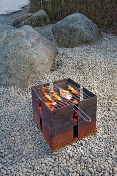 Outdoor Cooking Stove, Outdoor Oven, Outdoor Fire, Cool Fire Pits, Diy Fire Pit, Fire Pit Backyard, Backyard Seating, Brick Bbq, Fire Pit Grill