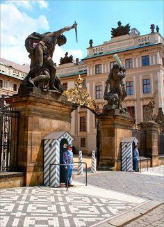 Praag - Ingang Kasteel
