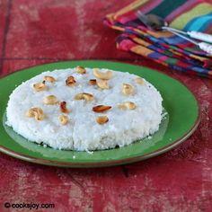 Vattayappam (Steamed Rice Cake)