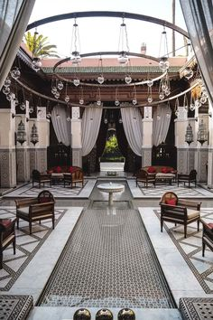 Morocco Travel Inspiration - The Royal Mansour Marrakech Morocco Moroccan Design, Moroccan Decor, Moroccan Style, Moroccan Bedroom, Moroccan Lanterns, Islamic Architecture, Art And Architecture, Architecture Details, Piscina Hotel