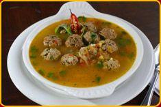 So'oApu'a Paraguayan Recipe, Paraguay Food, Latin American Food, Comida Latina, Albondigas, International Recipes, Street Food, Curry, Food And Drink