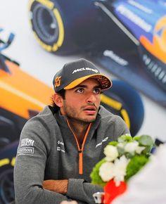 Daniel Ricciardo, Thing 1, F1 Drivers, G Wagon, Formula One, Mercedes Benz, Cool Photos, Racing, Chili