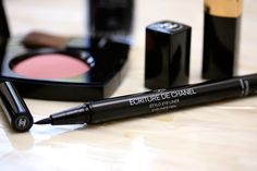 Chanel Ecriture De Chanel Eyeliner Pen in Noir