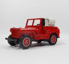 Solido - Willys Jeep - Die-cast Model - 8 cm Long 1:43 No. 1322 (1)
