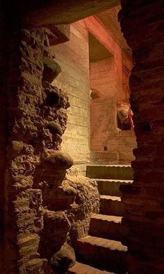 As antigas galerias subterrâneas de Córdoba que serviram de penitenciária abrigam, atualmente, o Museo de la Ciudad #Argentina