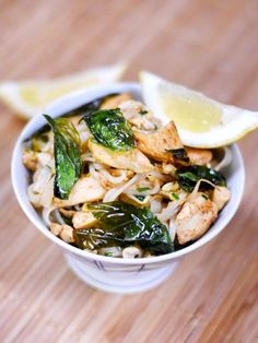 Recette de cuisine Marmiton : une recette Stir Fry Wok, Asian Recipes, Ethnic Recipes, Chinese Food, Palak Paneer, Fried Rice, Gluten Free Recipes, Coco, Seafood