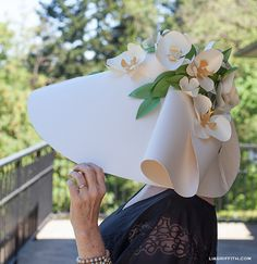 Kentucky Derby Paper Hat I love doing hat projects with kids this is great inspiration .... Brilliant