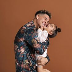 """When my daughter says, """"Daddy I need you!"""" I wonder if she has any idea that I need her a billion times more. Cute Family, Family Goals, Family Portraits, Family Photos, The Ace Family Youtube, Ace Family Wallpaper, Catherine Paiz, Cute Babies Photography, Family Picture Outfits"""