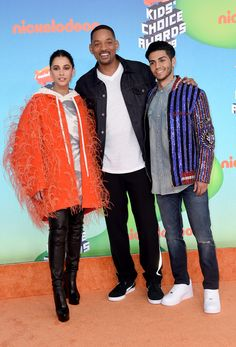 Naomi Scott, Will Smith, and Mena Massoud attend Nickelodeon's 2019 Kids' Choice Awards at Galen Center on March 2019 in Los Angeles, California. Naomi Scott, Aladdin Cast, Aladdin Movie, Watch Aladdin, Live Action, Will Smith, Kids Choice Award, Choice Awards, Mena Massoud