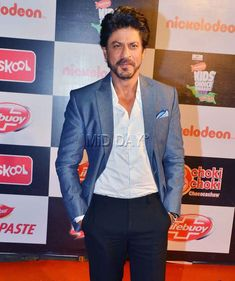 Shah Rukh Khan at the Kids Choice Awards 2016 in Mumbai. #Bollywood #Fashion #Style #Handsome
