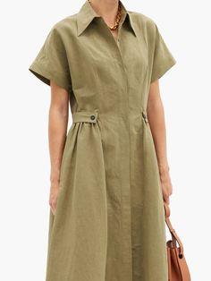 Office Dresses For Women, Dresses For Work, Fashion Desinger, Safari Dress, Green Shirt Dress, Batik Fashion, Types Of Fashion Styles, Batik Dress, Casual Dresses