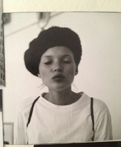 Béret - Style distinctif - F/W - Kate Moss by Drew Jarrett Kate Moss, Divas, Pretty People, Beautiful People, Into The Wild, Images Instagram, Photo Instagram, Queen Kate, Pin Up