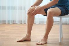 Cara Mengatasi Lutut Kopong Secara Alami -Lutut kopong atau sering di sebut dengkul kopong merupakan masalah pada persendian lutut yang seringkali disebabkan oleh radang sendi atau pengapuran tulang lutut.