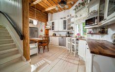 Koti myytävänä Haminassa - A Home for Sale in Finland