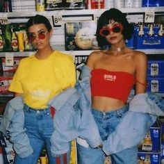 Photo de mode et grunge des années 90 - Grunge Fashion Looks That Feel Very at the moment Look Fashion, Fashion Outfits, Womens Fashion, Fashion Styles, 80s And 90s Fashion, 90s Fashion Grunge, Club Fashion, Fashion Black, Trendy Fashion