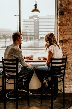 Peoria Illinois Engagement Session in a local coffee shop Coffee Shop Photography, Photography Business, Peoria Illinois, Wedding Photoshoot, Photoshoot Ideas, Couple Shoot, Engagement Shoots, Couples, Photographs