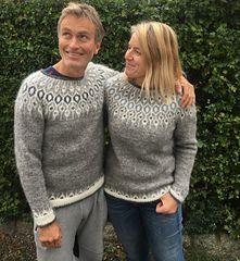 Ravelry: Telja pattern by Jennifer Steingass Fair Isle Knitting, Easy Knitting, Knitting Socks, Loom Knitting Patterns, Knitting Stitches, Knitting Tutorials, Stitch Patterns, Icelandic Sweaters, Jumper Patterns