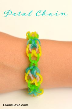 How to Make a Petal Chain Rainbow Loom Bracelet