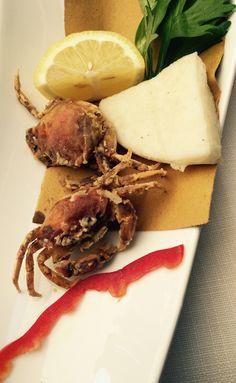 Moeca = granchio con il carapace morbido, servito fritto o in saor, tipico piatto della laguna veneziana