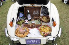 Tailgate Image: Polo spectators know how to tailgate the right way!