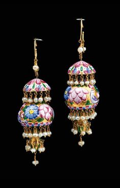 Several pairs of century Persia/Qajar enamelled gold earrings. Gold Jewelry For Sale, Hand Jewelry, Enamel Jewelry, Tribal Jewelry, Antique Jewelry, Heavy Earrings, Gold Earrings, Indian Wedding Jewelry, Indian Jewelry