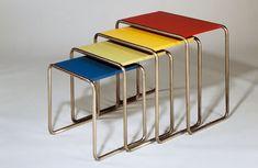The Bauhaus: Tubular steel chair by Marcel Breuer, circa 1928 Bauhaus Interior, Architecture Bauhaus, Bauhaus Furniture, Modern Architecture, Bauhaus Chair, Architecture People, Design Bauhaus, Bauhaus Art, Bauhaus Style