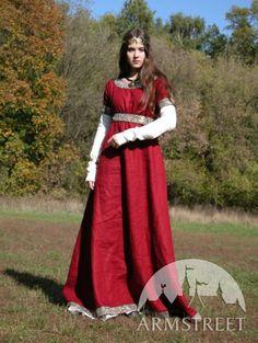 Medievale franchi vestito rosso e Underdress Chemise di armstreet