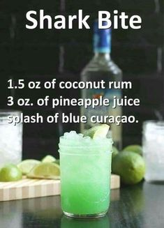 Shark oz coconut rum, 3 ozpineapple juice, and a splash of blue curaçao. - Vegan New Recipes alcohol recipes Shark oz coconut rum, 3 ozpineapple juice, and a splash of blue curaçao. Liquor Drinks, Cocktail Drinks, Alcoholic Beverages, Alcholic Drinks, Halloween Alcoholic Drinks, Refreshing Drinks, Yummy Drinks, Yummy Shots, Alcohol Drink Recipes