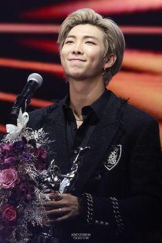 200105 The Golden Disc Awards Mixtape, Bts Bangtan Boy, Jimin, Fansite Bts, Rapper, Korea, Golden Disk Awards, Kim Namjoon, Jung Hoseok