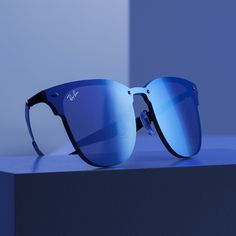 Peep the #BlazeCollection Clubmaster and its single Sharp Onesie Lens