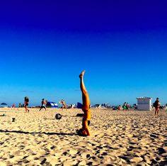 invertida mayara amaral yoga