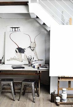 = Méchant Design = artist house with Xavier Pauchard stools