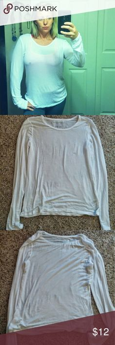New Aeropostale white long sleve T shirt New with out tags, cute long sleeve T. Soft and light weight this is perfect for fall weather! Size L Aeropostale Tops Tees - Long Sleeve