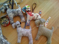 Decorative shabby dogs with collar and hanging loop ... please specify which fabric dog you would like or I could make one for you according to your color requirements