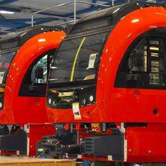 Swiss Railways, Emu, Under Construction, Nature Photos, Gauges, Switzerland, Building, Buildings, Plugs