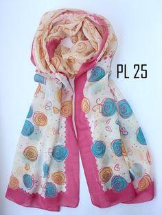 Pashmina Paris Silk *Best Seller* IDR 58000 Detail: bahan paris silk (lembut dan tidak licin) ukuran 70x180cm
