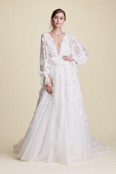 Dubai Wedding Dress, Marchesa Wedding Dress, Marchesa Bridal, Lace Wedding Dress, Best Wedding Dresses, Bridal Dresses, Vestidos Marchesa, Marchesa Gowns, Floral Gown
