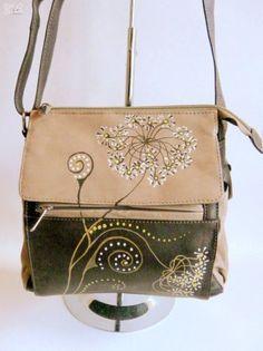 Puha marhabőr női válltáska barna-drapp színben Shoulder Bag, Collection, Fashion, Moda, La Mode, Fasion, Fashion Models, Trendy Fashion