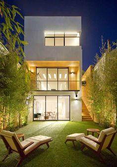 ✔ 39 new modern exterior design ideas for your house 18 > Fieltro. Narrow House Designs, Small House Design, Modern House Design, Loft House Design, Studio Design, House Architecture Styles, Interior Architecture, Revit Architecture, Amazing Architecture