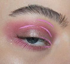 Pinterest : lostspacechild Instagram: lavendermistrust