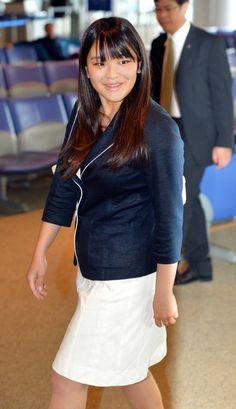 英国への留学を終え、帰国した眞子さま=2013年7月、成田空港、代表撮影