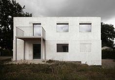 Wohnhaus aus Dämmbeton von HDPF / Schweizer Schalung  - Architektur und Architekten - News / Meldungen / Nachrichten - BauNetz.de
