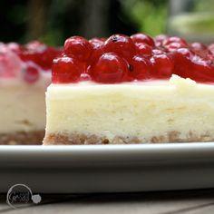 ein tolles Rezept für einen fruchtigen New York Cheesecake findet Ihr auf meinem Blog www.ge-sagt.de