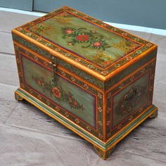 Victorian Hand Painted Mango Wood Coffee Table Chest