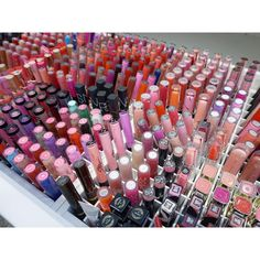 """""""Finally organized my lipgloss/liquid lipsticks!  I was dreading this job - I can never make them look nice and organized haha such a mish  almost done…"""""""