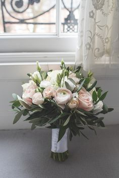 Bride Bridal Bouquet Pink Cream Rose Greenery Foliage 60 Hope Street Wedding Lisa Howard Photography #wedding #Bride #Bridal #Bouquet #Pink #Cream #Rose #Greenery #Foliage #freesia #ranunculus