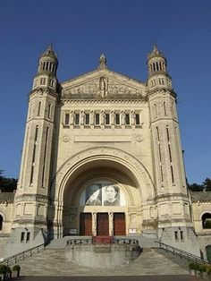 Sainte-Therese Basilica in Lisieux